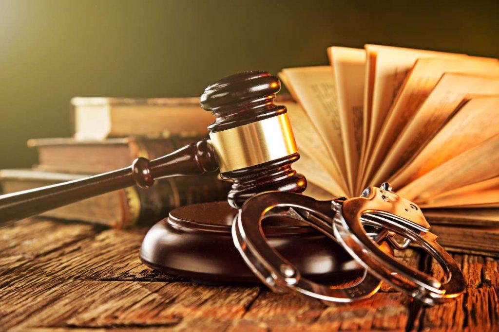 Адвокаты Киева – правовая помощь по уголовным делам и вопросам налогообложения