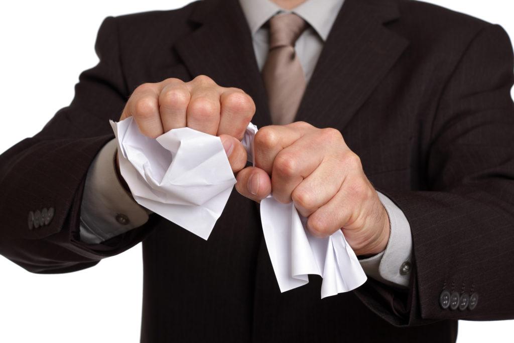 Нікчемні правочини у податковій практиці: улюблений аргумент службових осіб ДФС
